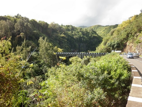 pont-des-avirons-97425