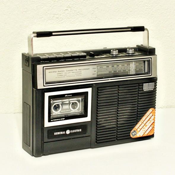 l 39 objet de mon adolescence la radio k7 le blog de radiblog. Black Bedroom Furniture Sets. Home Design Ideas