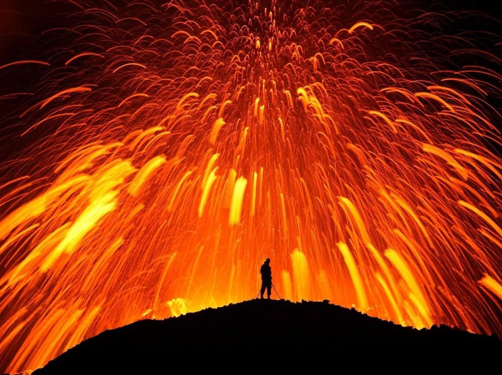 Le-volcan-du-glacier-islandais-Eyjafjallaj%C3%B6kull