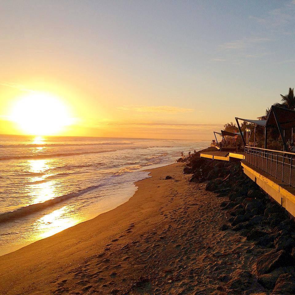 Levers et couchers du soleil sur l le de la r union le blog de radiblog - Lever et coucher du soleil bordeaux ...