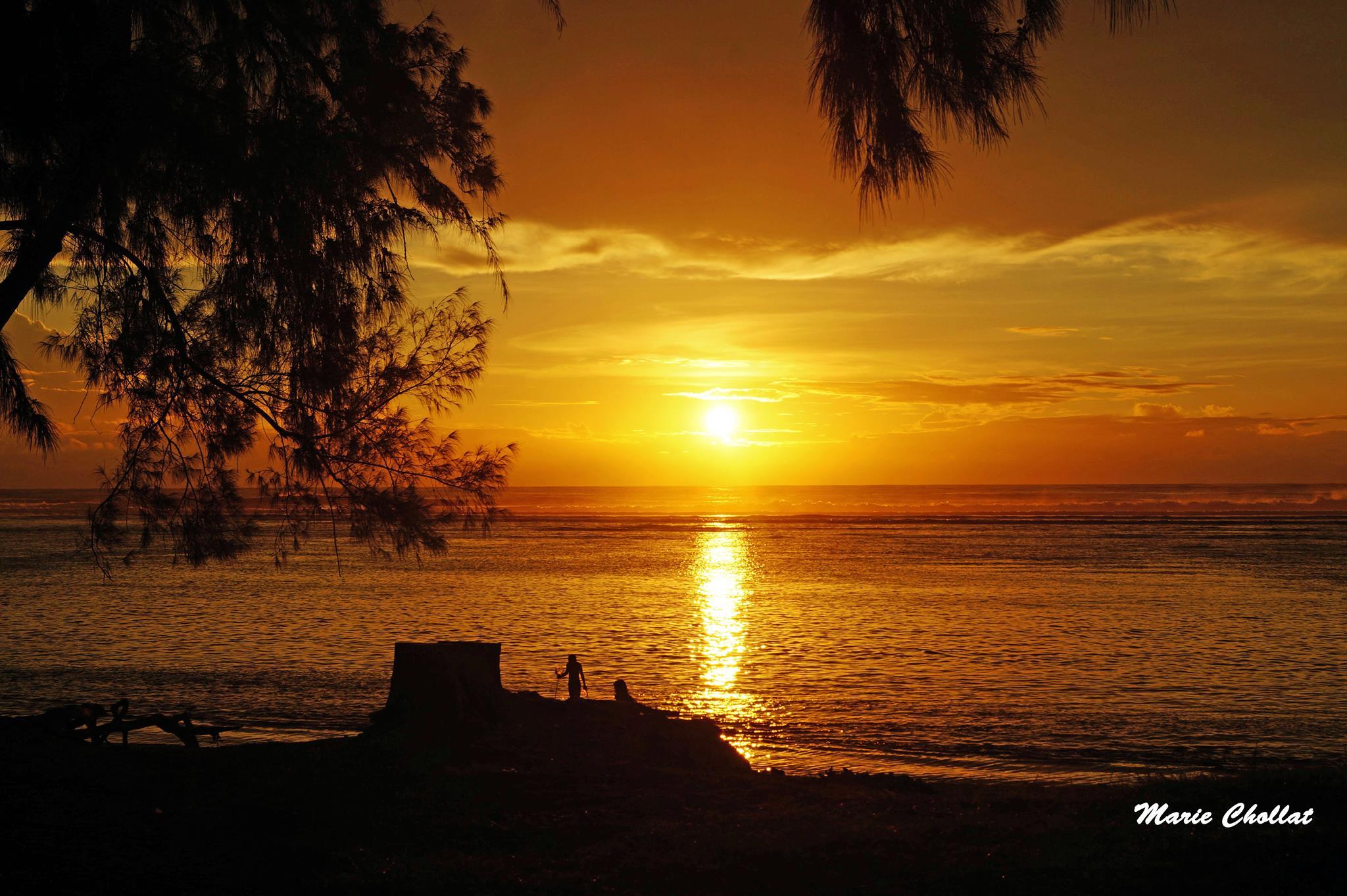 Ile de la r union couchers de soleil le blog de radiblog - Lever et coucher du soleil est ouest ...